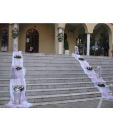 Εξωτερικός στολισμός εκκλησίας γάμου